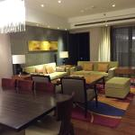 Photo de The Sandalwood Beijing Marriott Executive Apartments