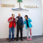 White Garden Pansion Foto