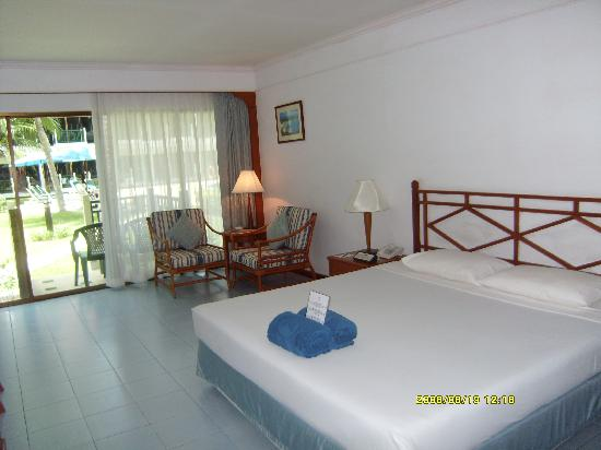 Amora Beach Resort: 