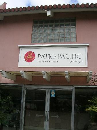Patio Pacific Boracay 招牌