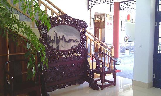 Dali Mountain Delights Hotel