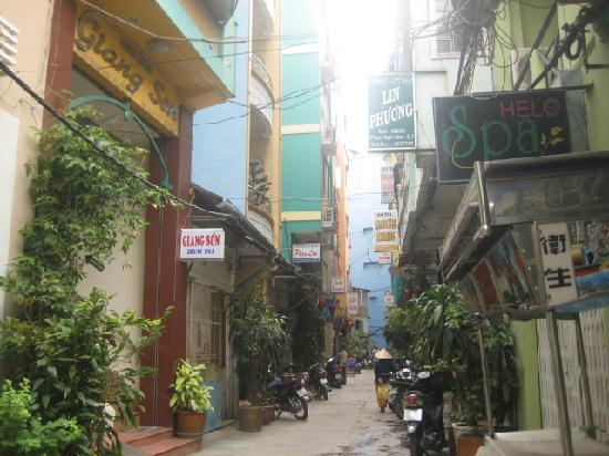 Giang Son Guesthouse:  223