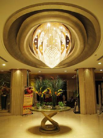 Sunda Gentleman International Hotel: 雍容华贵的大堂