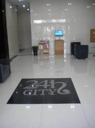 24 Hours City Inn: 24H