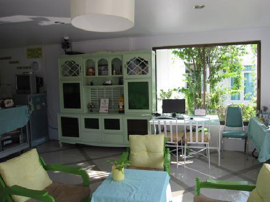 Phuket International Youth Hostel