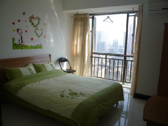 Yuelai Apartment Hotel