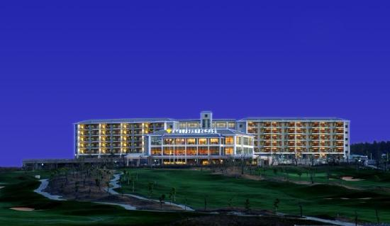 International Golf Resort Hotel