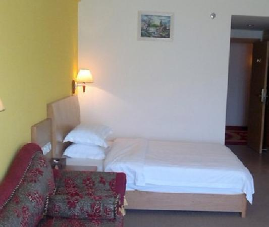Photo from hotel The Grand Suree Residence Hotel
