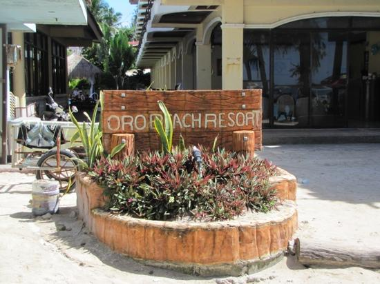Villa de Oro Beach Resort