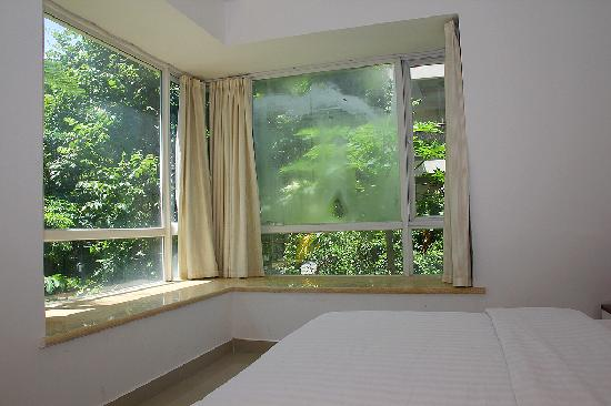 Sunshine Holiday Apartment Hotel (Sanyawan): 卧室  亚龙湾