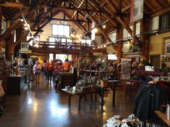 Old Faithful Lodge Cabins:                   SHOPPING