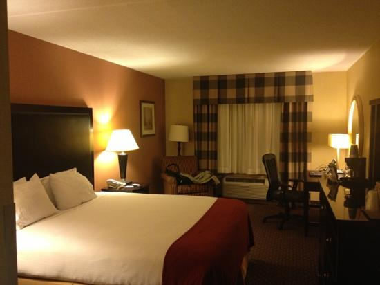 Holiday Inn Express Saugus (Logan Airport): holidayinn