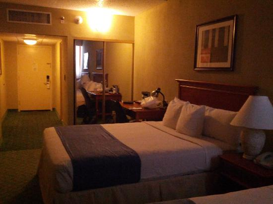 San Juan Airport Hotel: room