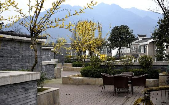 Dujiangyan Restaurants
