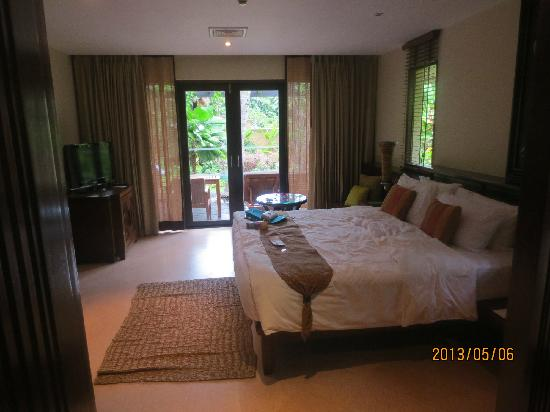 Moevenpick Resort and Spa Karon Beach Phuket: 大床房间