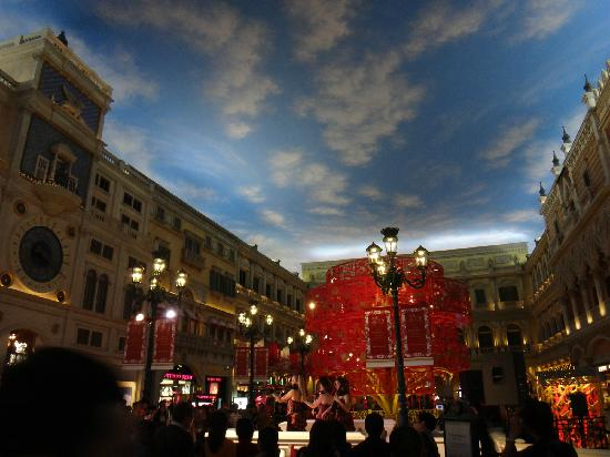 The Venetian Macao Resort Hotel: jiudianneijing