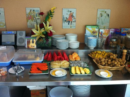 Bangkok Loft Inn: breakfast for free