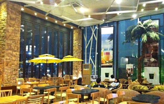 Â�ントランス Picture Of Mango Six Cafe Apgujeong Store Seoul