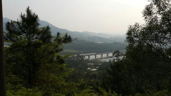 Jiuhou Mountain