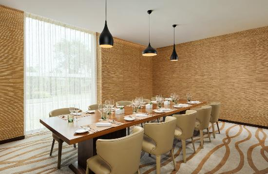 Yuhuan County, China: The eatery VIP Room