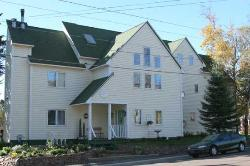 MacArthur House Bed and Breakfast