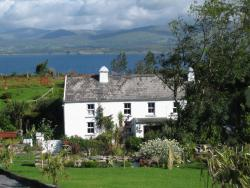 Seamount Farmhouse Bed & Breakfast