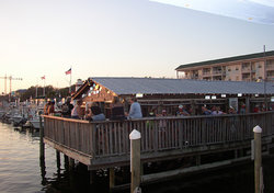 Boathouse Oyster Bar