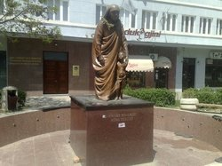 Statue of Mother Tereza