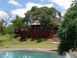 ‪Esikhotheni Lodge‬