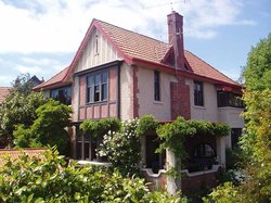 Sefton Homestay Bed and Breakfast