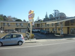 The Islander Motel