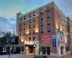 ‪Hampton Inn & Suites Gainesville-Downtown‬