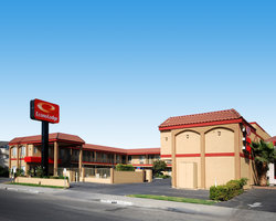 Econo Lodge Near Home Depot Center