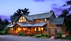 ‪Bent Creek Lodge‬