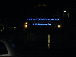 Metro Bar and Grill
