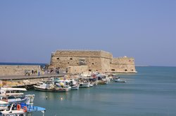 Heraklion, son port et son fort (27087567)