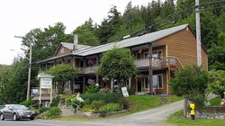 Premier Creek Lodging