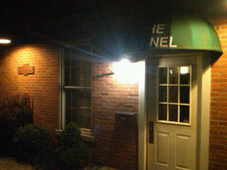 Tunnel Inn