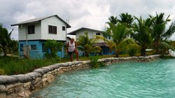 Lagoon Breeze Lodge Tarawa