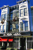 Metro Hotel