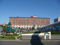 Prince Arthur Waterfront Hotel & Suites