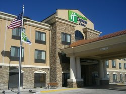 ‪Holiday Inn Express Hotel & Suites Hays‬