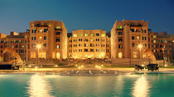 ‪Al Qasr Hotel & Resort‬
