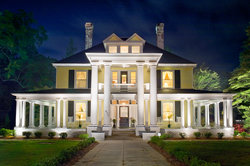The Columns Bed And Breakfast Inn