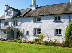 Collinfield Manor Bed and Breakfast