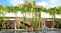 Nyaman Villas