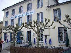 Les Bords de Seine Hotel-Restaurant