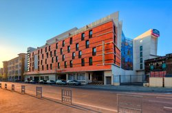 Courtyard by Marriott Paris Arcueil