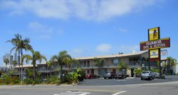 Harbor Inn &amp; Suites Oceanside / San Diego