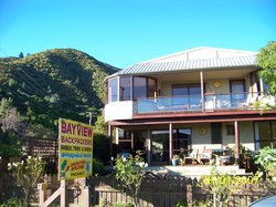 ‪Bayview Backpackers‬